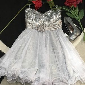 Speechless size 7 formal dress